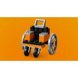 LEGO Classic - Kockák és kerekek (10715)