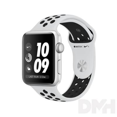Apple Watch Nike+ 42mm ezüstszínű alumíniumtok, platina-fekete sportszíjjal